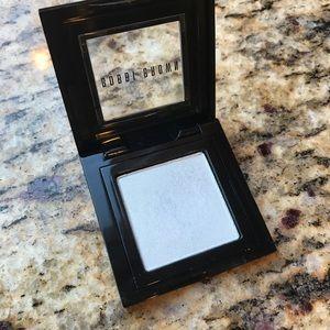 Bobbi Brown Metallic Eyeshadow in Iced Blue - 19